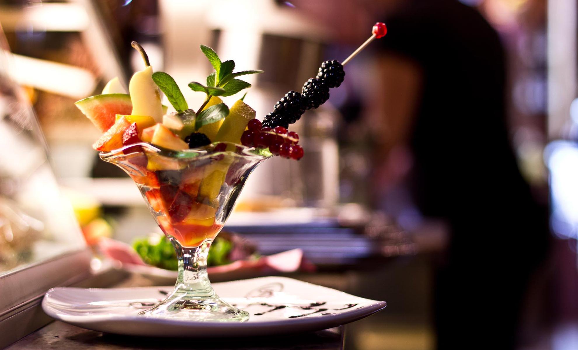 Caffetteria Borsa, Chivasso - Prestigio eleganza e raffinatezza per un aperitivo in compagnia oppure una ricca colazione